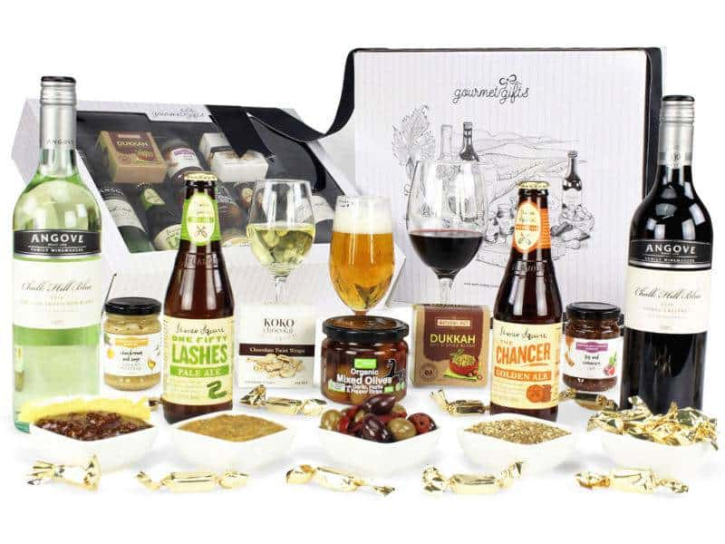 Image of the Premium Beer & Wine Hamper and all its contents.