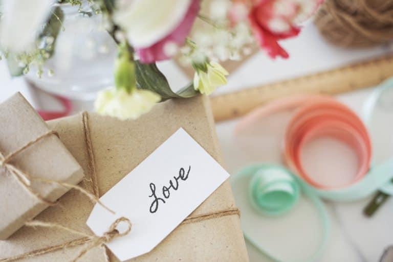 Image of a Romantic Anniversary Gift Hamper