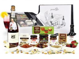 Image of the Pure Indulgence Maggie Beer Hamper and all the products it contains