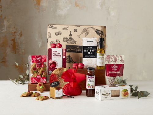 Displaying all the products contained in the Gourmet Christmas Hampers