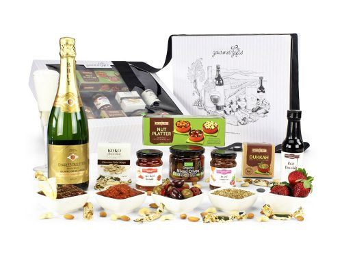 Displaying all the products contained in the Luxury French Sparkling Hampers