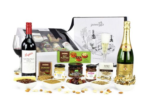 Displaying all the products contained in the Penfolds Cab Sauv & French Sparkling Hampers