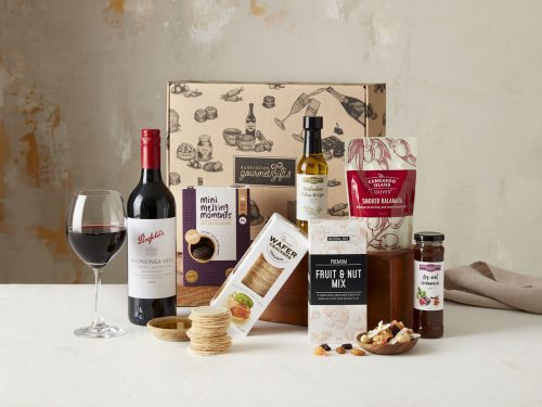 Displaying all the products contained in the Penfolds Cab Sav Hampers